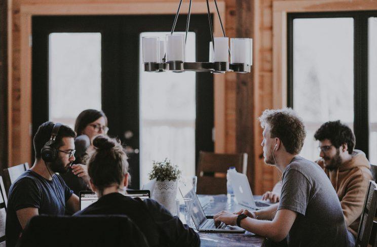 Como engajamento no trabalho pode acelerar o crescimento da sua startup