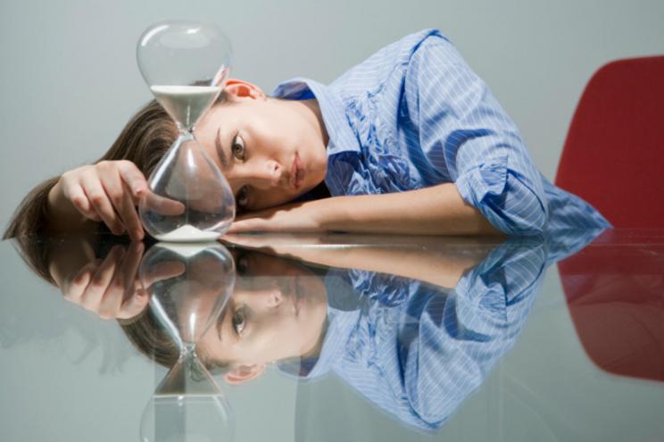 Procrastinação: como ela impacta sua carreira e dicas para lidar melhor com ela