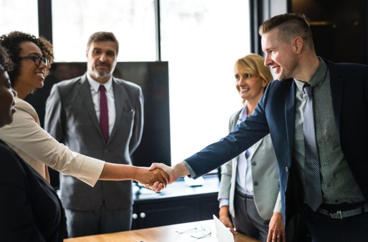 Técnicas de persuasão: como aplicar para aumentar seu poder de convencimento