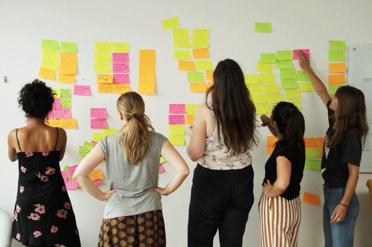 Como começar a empreender: os primeiros passos e dicas para transformar sua ideia em realidade