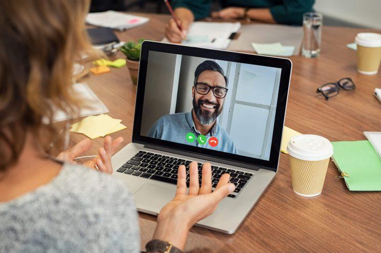 5 erros comuns na hora de fazer uma entrevista de emprego por vídeo