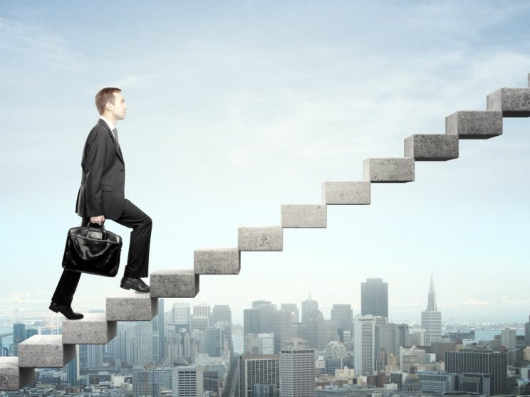 Autodesenvolvimento: o que é e qual a importância para sua carreira