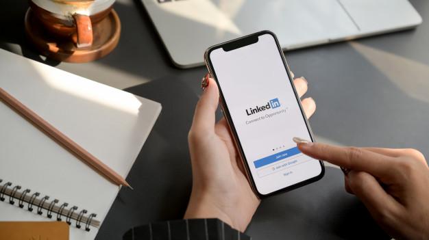 Escrever no LinkedIn: como produzir conteúdo na rede e ser mais relevante